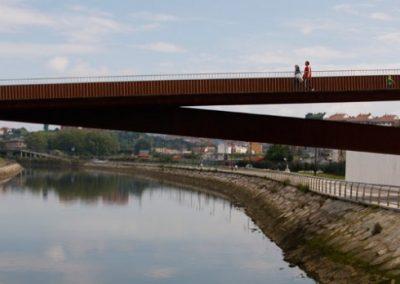 Pasarela peatonal en Avilés. Asturias (España)