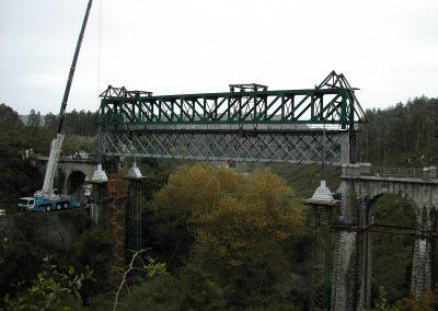 PUENTE DE FERROCARRIL. Sustitución de puente metálico de ferrocarril sobre el río Purón. Asturias (España)