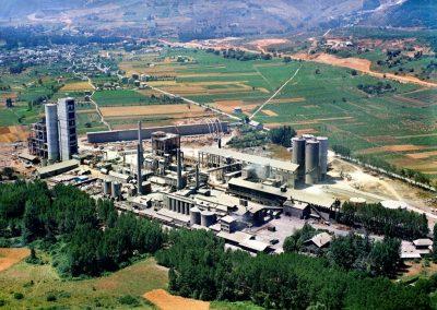 PLANTA DE CEMENTO TORAL. Línea completa de cemento en Toral de los Vados. Castilla y León (España)
