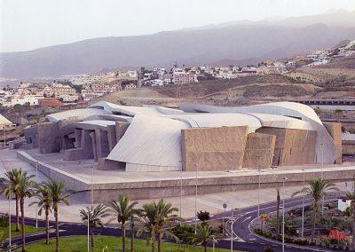 CENTRO DE ARTE Y CONGRESOS MAGMA. Tenerife (España)